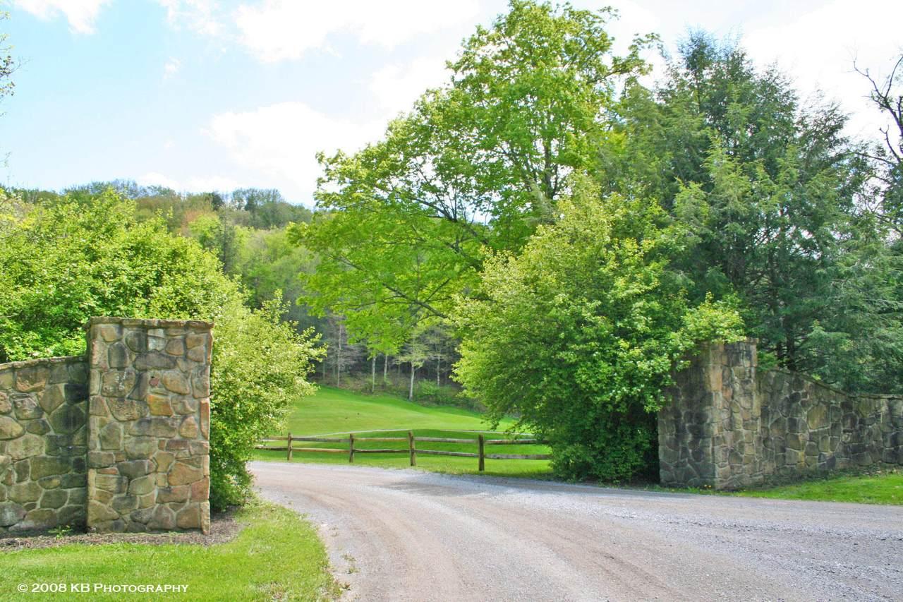 5 Hawthorne Valley - Photo 1