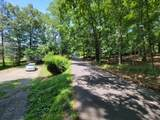909 Rockland Rd - Photo 5