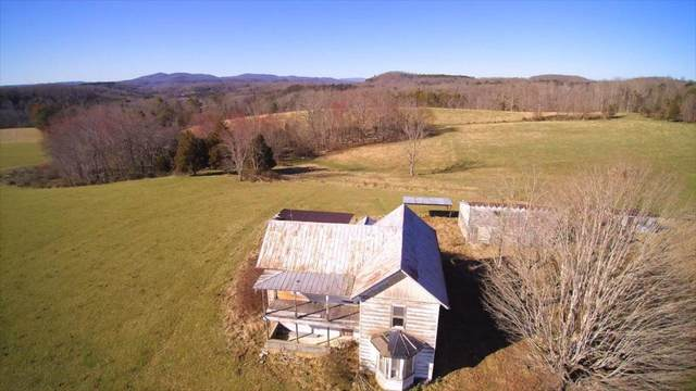 967 Lesters Farm Rd, PETERSTOWN, WV 24963 (MLS #21-1042) :: Greenbrier Real Estate Service