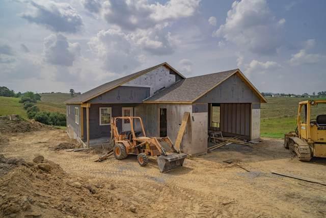 685 Mayapple Trl, LEWISBURG, WV 24901 (MLS #21-1189) :: Greenbrier Real Estate Service