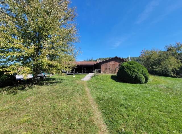 414 Milroy Grose Rd, LANSING, WV 25862 (MLS #21-1549) :: Greenbrier Real Estate Service