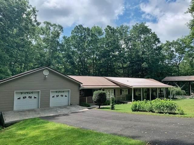 3196 Brush Rd, LEWISBURG, WV 24901 (MLS #21-941) :: Greenbrier Real Estate Service