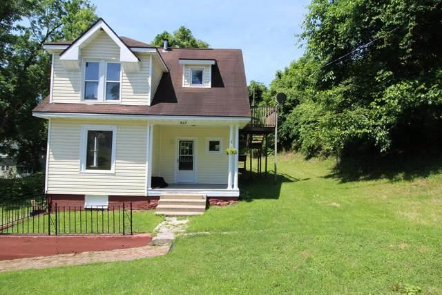 409 Cedar St, Ronceverte, WV 24970 (MLS #21-980) :: Greenbrier Real Estate Service