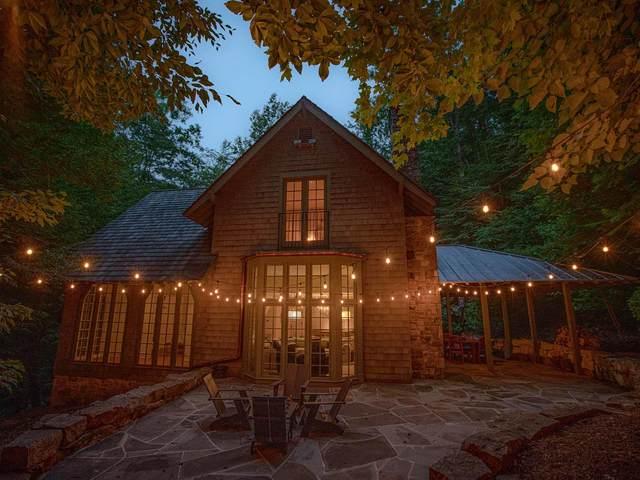 456 Dogwood Trail, White Sulphur Springs, WV 24986 (MLS #21-1177) :: Greenbrier Real Estate Service