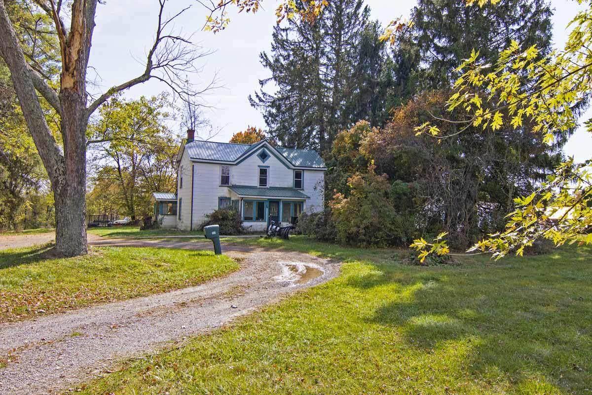 1189 Maplewood Ave - Photo 1