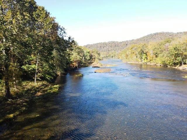 90 Driftwood, HINTON, WV 25951 (MLS #20-1542) :: Greenbrier Real Estate Service
