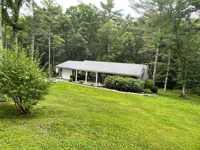 188 Lamplighter Dr, SHADY SPRING, WV 25918 (MLS #21-1104) :: Greenbrier Real Estate Service