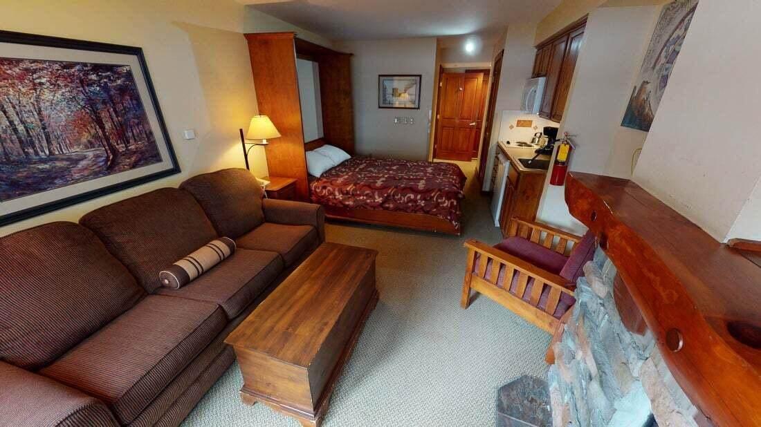 158 Rimfire Lodge - Photo 1