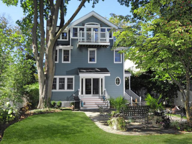 16 Cross Lane, Cos Cob, CT 06807 (MLS #101178) :: The Higgins Group - The CT Home Finder
