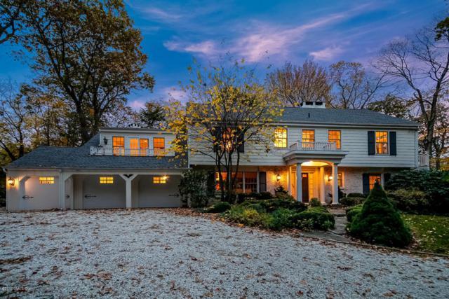 70 Arrowhead Way, Darien, CT 06820 (MLS #101562) :: The Higgins Group - The CT Home Finder