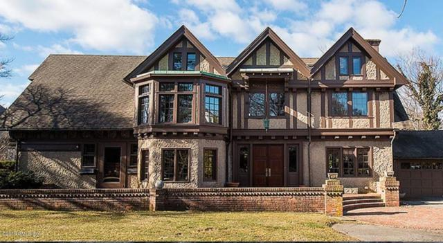 174 Shore Road, Old Greenwich, CT 06870 (MLS #105871) :: The Higgins Group - The CT Home Finder