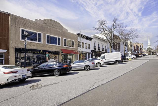 70-74 Greenwich Avenue, Greenwich, CT 06830 (MLS #106119) :: The Higgins Group - The CT Home Finder