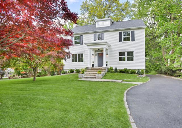 49 Lockwood Lane, Riverside, CT 06878 (MLS #106675) :: The Higgins Group - The CT Home Finder
