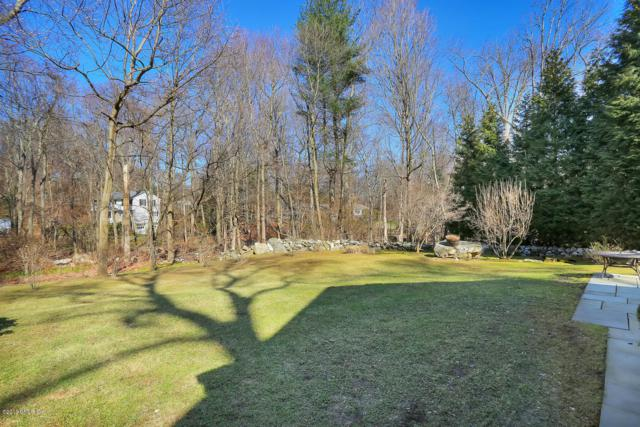 37 Barton Lane, Cos Cob, CT 06807 (MLS #106920) :: The Higgins Group - The CT Home Finder