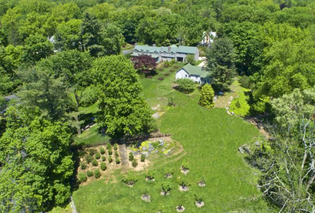 94 Pecksland Road, Greenwich, CT 06831 (MLS #107180) :: The Higgins Group - The CT Home Finder