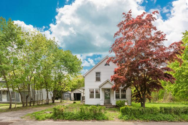 566 River Road, Cos Cob, CT 06807 (MLS #107396) :: The Higgins Group - The CT Home Finder