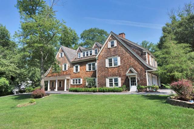 20 Hawks Hill Road, New Canaan, CT 06840 (MLS #107533) :: The Higgins Group - The CT Home Finder