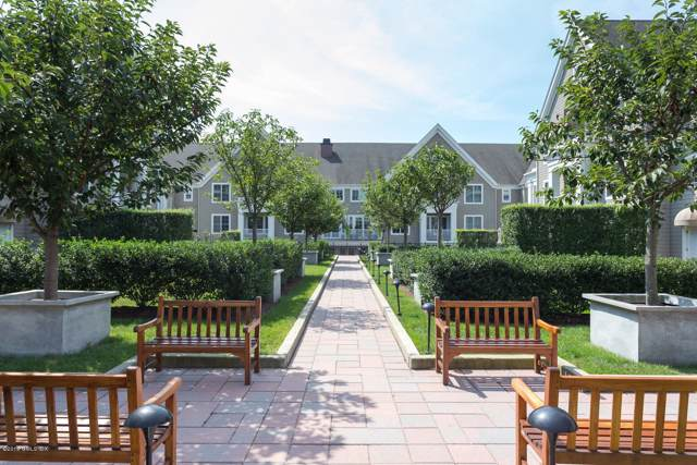 77 Havemeyer Lane #323, Stamford, CT 06902 (MLS #107577) :: The Higgins Group - The CT Home Finder