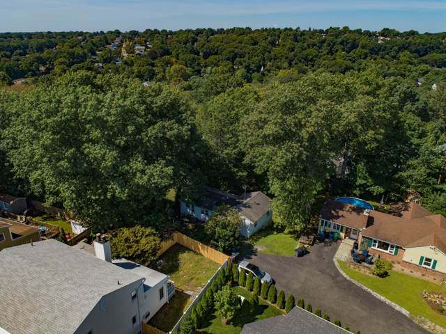 14 Rockland Place, Greenwich, CT 06831 (MLS #108037) :: GEN Next Real Estate
