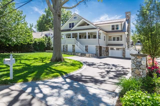 7 Grimes Road, Old Greenwich, CT 06870 (MLS #108139) :: GEN Next Real Estate