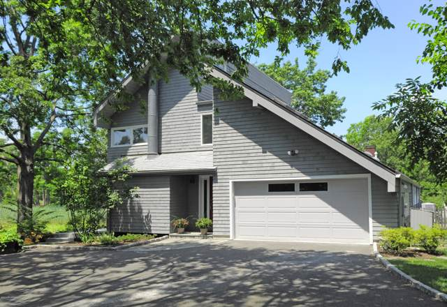 27 Edgewater Drive, Old Greenwich, CT 06870 (MLS #108203) :: GEN Next Real Estate