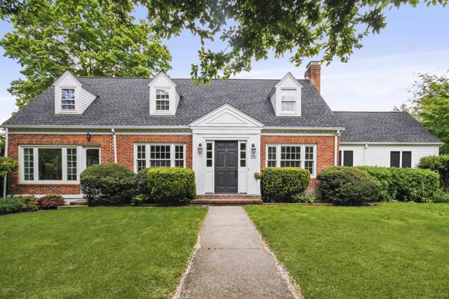 25 Linwood Avenue, Riverside, CT 06878 (MLS #108359) :: The Higgins Group - The CT Home Finder