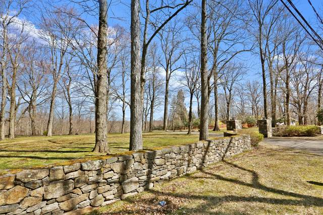 3 Whitney Drive, Greenwich, CT 06831 (MLS #109238) :: The Higgins Group - The CT Home Finder