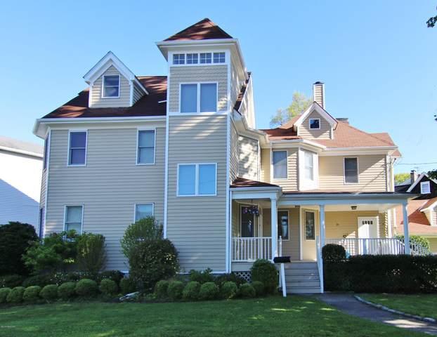 28 Woodland Drive B, Greenwich, CT 06830 (MLS #109938) :: GEN Next Real Estate