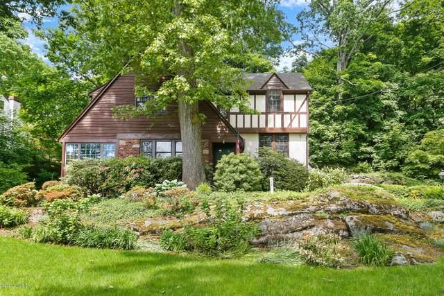 12 Osee Place, Cos Cob, CT 06807 (MLS #110287) :: GEN Next Real Estate
