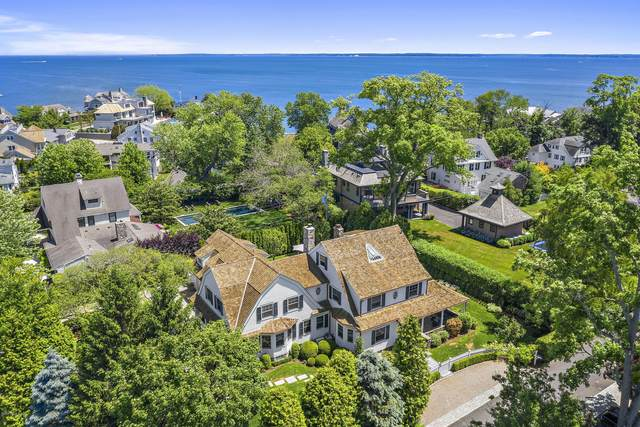 4 Middle Way, Old Greenwich, CT 06870 (MLS #110317) :: The Higgins Group - The CT Home Finder