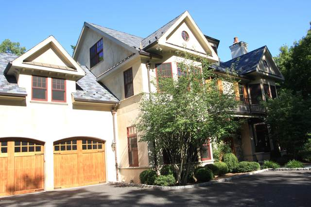 211 Orchard Street, Cos Cob, CT 06807 (MLS #110342) :: GEN Next Real Estate
