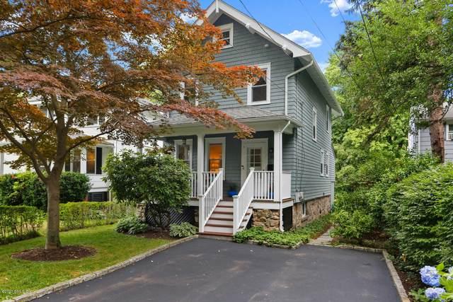 35 Cross Lane, Cos Cob, CT 06807 (MLS #110392) :: GEN Next Real Estate