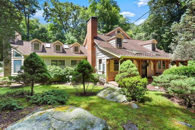 414 Riversville Road, Greenwich, CT 06831 (MLS #110418) :: The Higgins Group - The CT Home Finder
