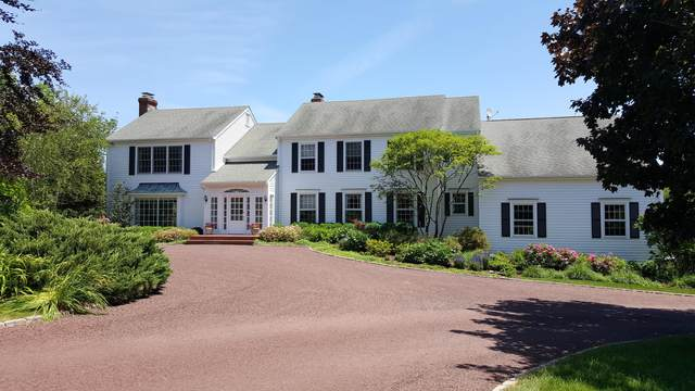 130 Lower Cross Road, Greenwich, CT 06831 (MLS #110427) :: The Higgins Group - The CT Home Finder