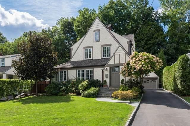 74 Valleywood Road, Cos Cob, CT 06807 (MLS #110513) :: Frank Schiavone with William Raveis Real Estate
