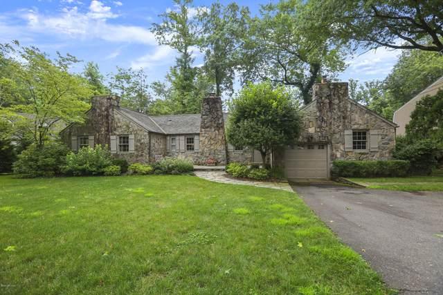 14 Hidden Brook Road, Riverside, CT 06878 (MLS #110580) :: Frank Schiavone with William Raveis Real Estate