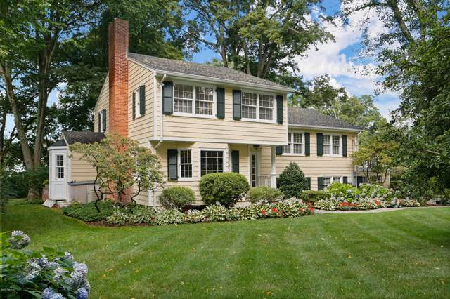 209 Palmer Hill Road, Old Greenwich, CT 06870 (MLS #110657) :: Frank Schiavone with William Raveis Real Estate