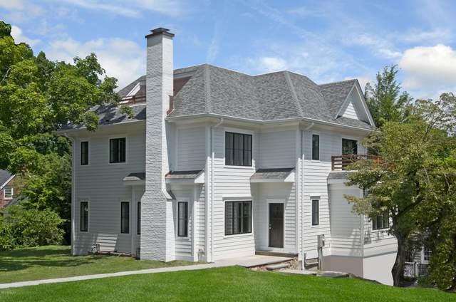 27 Linwood Avenue, Riverside, CT 06878 (MLS #110669) :: Frank Schiavone with William Raveis Real Estate