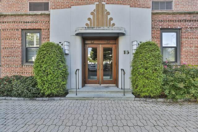 15 Lafayette Court 1B, Greenwich, CT 06830 (MLS #110931) :: GEN Next Real Estate