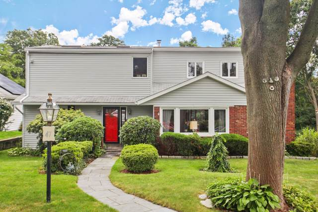 47 Sheephill Road, Riverside, CT 06878 (MLS #111063) :: The Higgins Group - The CT Home Finder