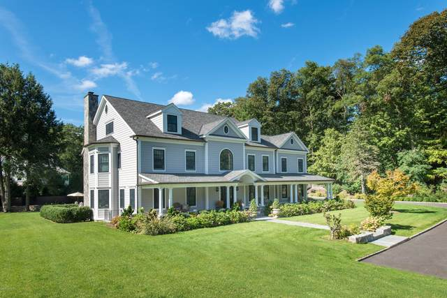 82 Cat Rock Road, Cos Cob, CT 06807 (MLS #111160) :: The Higgins Group - The CT Home Finder