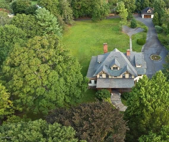 5 Brookridge Drive, Greenwich, CT 06830 (MLS #111179) :: GEN Next Real Estate