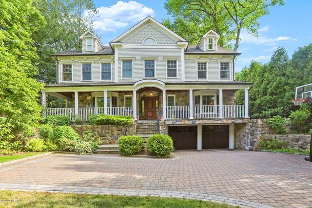 4 Buxton Lane, Riverside, CT 06878 (MLS #111184) :: The Higgins Group - The CT Home Finder