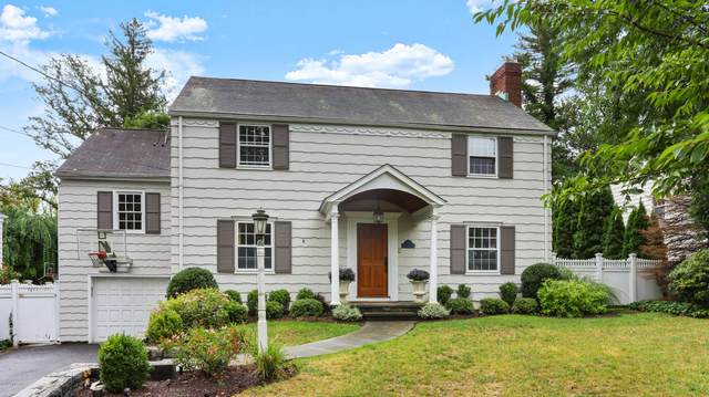 6 Knoll Street, Riverside, CT 06878 (MLS #111185) :: The Higgins Group - The CT Home Finder