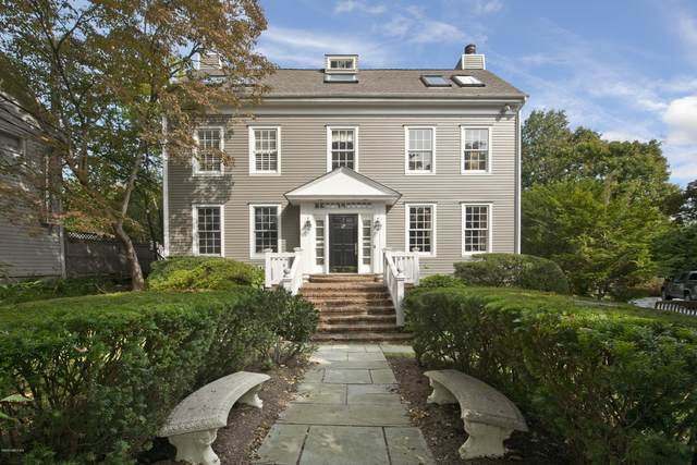 9 W End Avenue, Old Greenwich, CT 06870 (MLS #111203) :: The Higgins Group - The CT Home Finder
