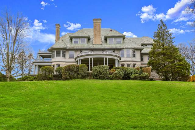 384 Field Point Road, Greenwich, CT 06830 (MLS #111442) :: Frank Schiavone with William Raveis Real Estate