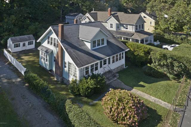 26 Sinawoy Road, Cos Cob, CT 06807 (MLS #111517) :: GEN Next Real Estate