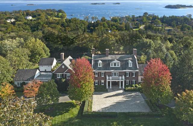 36 Walsh Lane, Greenwich, CT 06830 (MLS #111523) :: Frank Schiavone with William Raveis Real Estate