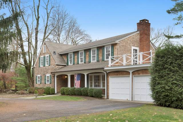 209 Round Hill Road, Greenwich, CT 06831 (MLS #111758) :: The Higgins Group - The CT Home Finder