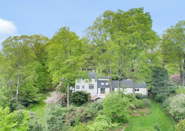 20 Martin Dale, Greenwich, CT 06830 (MLS #111794) :: The Higgins Group - The CT Home Finder